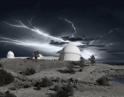 Electrifing sky over Lick Observatory