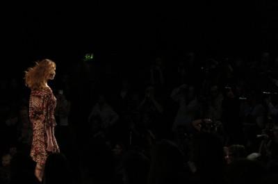 fashion week london photography wind