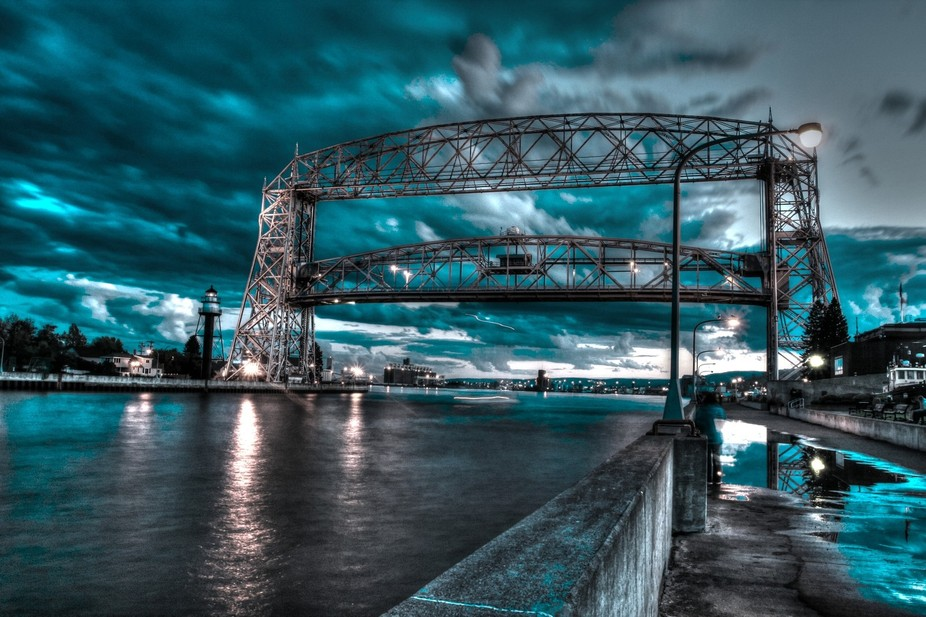 HDR aerial lift bridge