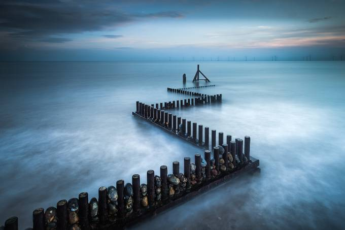 Kinetic by Jellyfire - Twisted Lines Photo Contest