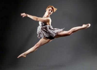 Oh-Liv-jump-dress-split_TAN8460-a-1080