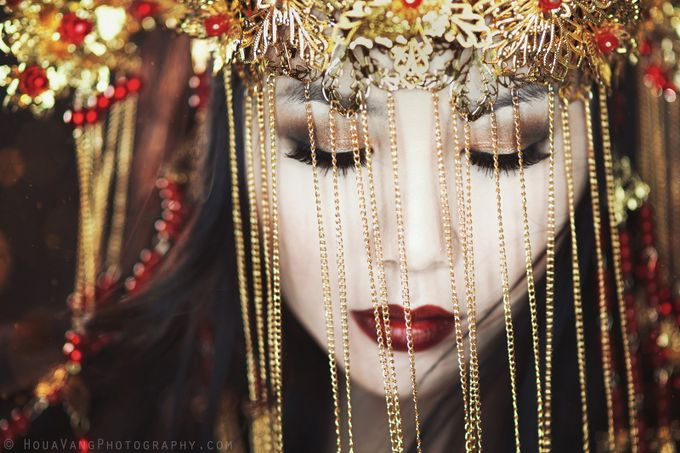 Red and Gold 4 by HouavangPhotography - Beautiful Brides Photo Contest