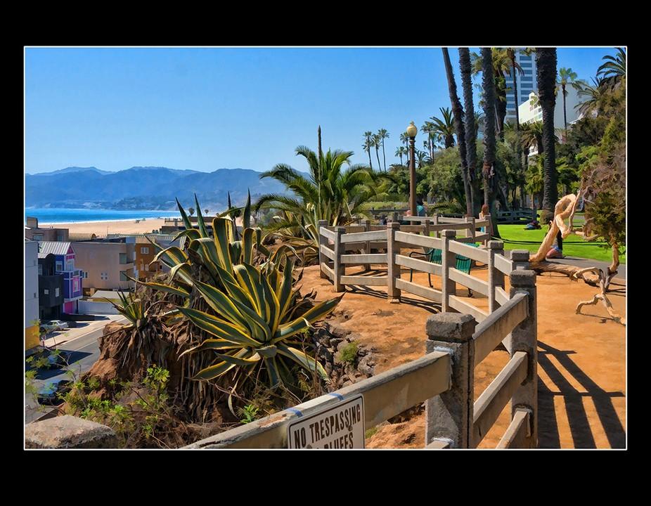 Santa Monica Cliffs Fence