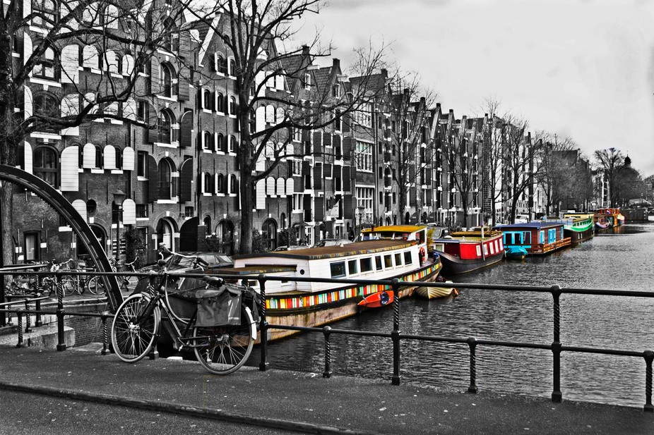Bright Barges Amsterdam