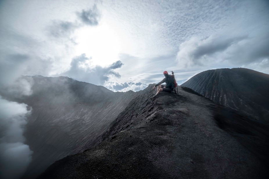 Taking a rest in the edge of the volcano