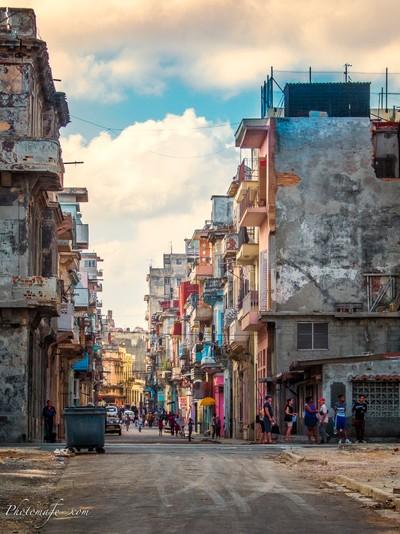 Ouverture sur la Havane