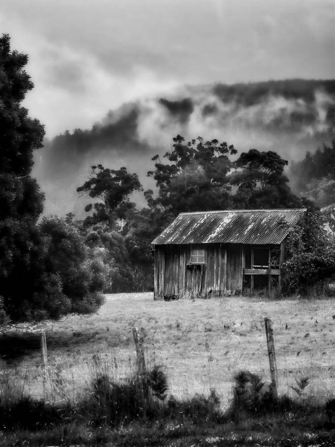 Old hop pickers hut Ellendale Tasmania.