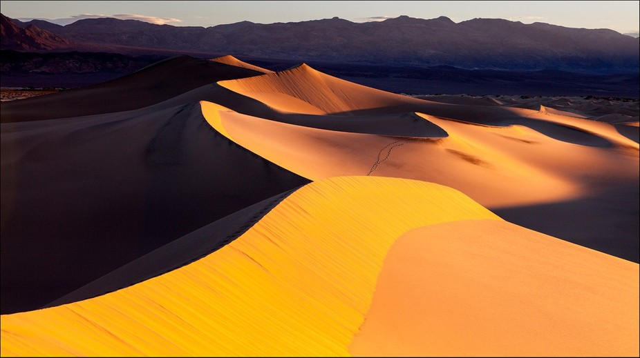 Dunes at Death Valley, USA  http://letovaltsev.com