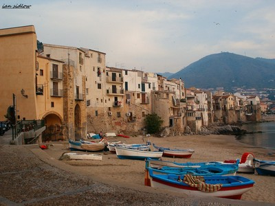 Cefalu---The-Picturesque-Port