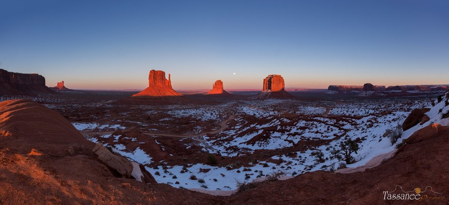6 image pano of beautiful monument valley