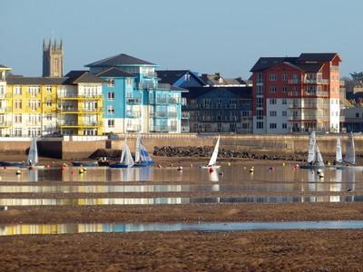 Exmouth marina & yachts