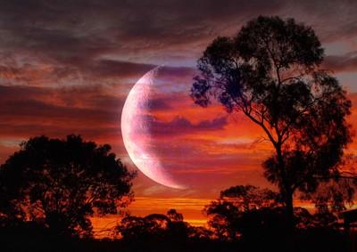 Lunar Setting