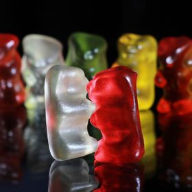 Gummy bears love