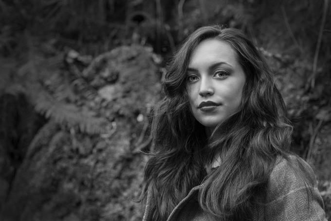 Freya mono by ScotiaFox - Fill Flash Photo Contest