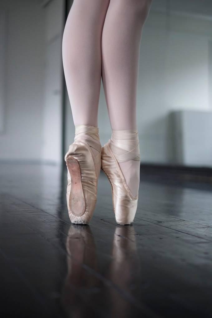 Ballarina Toe by chokolars - Image of the Year Photo Contest by Snapfish