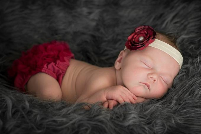 Nesting by ellestaples - Babies Are Cute Photo Contest