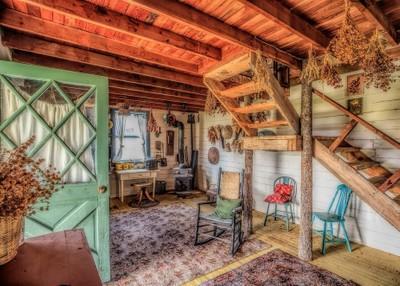Cabin Inside 01