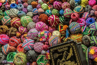 Cuzco market wool