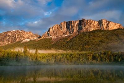 Sunrise on Mount Yamnuska