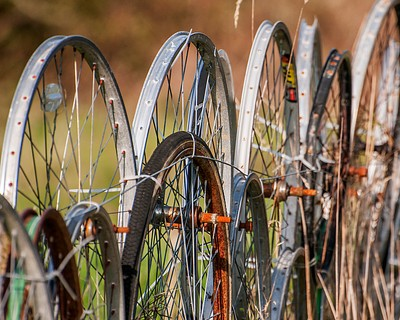 Fence of wheels