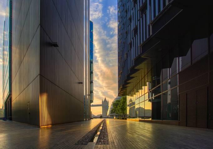 Sunrise at More London by geminatrix - Peaceful Sunrises Photo Contest