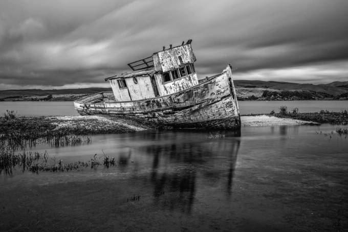Shipwreck-Inverness B&W by markcote - Textures In Black And White Photo Contest