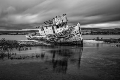 Shipwreck-Inverness B&W
