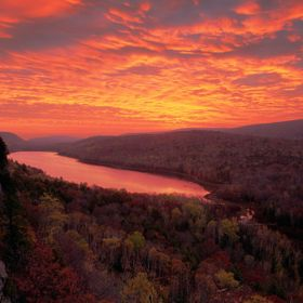 Lake of the Clouds is in the Porcupine Mountains in the western part of Michigan's Upper Peninsula.  The clouds were pretty thick that morni...