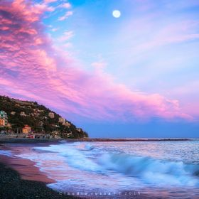 A magenta sunset in Liguria - Italy    Sea Life 500px link
