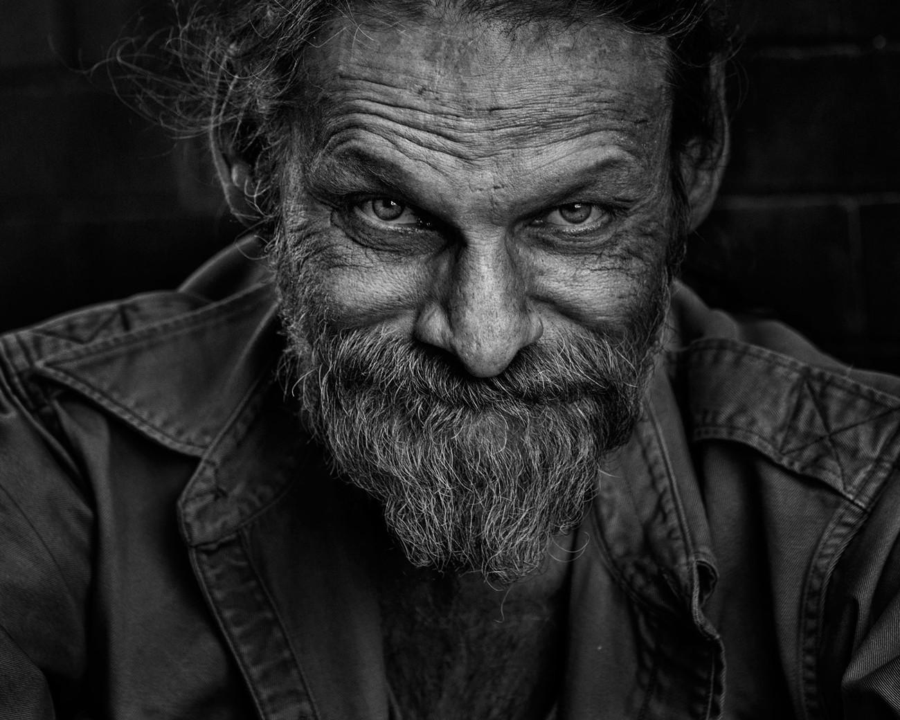 13 Hypnotizing B&W Street Portraits