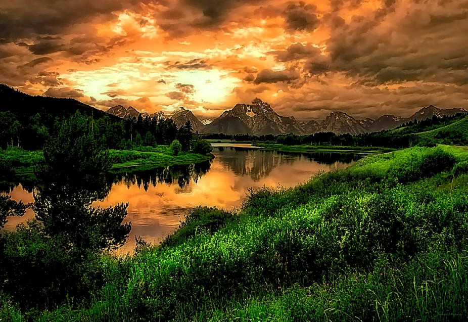 Ox Bow Bend in Teton National Park, Wyoming.  This is the Snake River with Mount Moran in the bac...