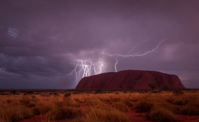 recharging uluru by hasmix