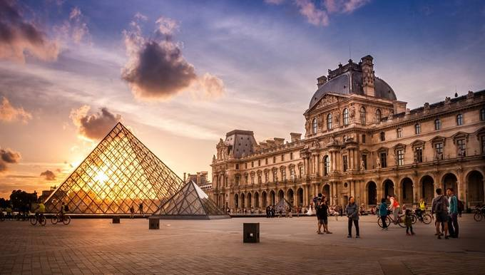Palais du Louvre by PhotographerRegimantas - Paris Photo Contest