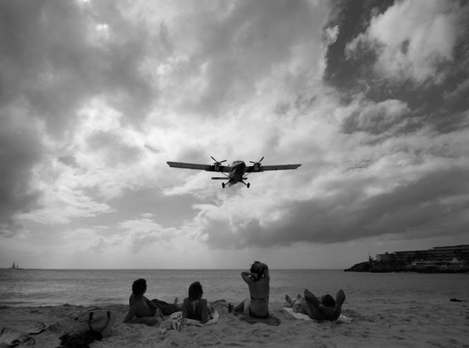 Caribbean Arrival  by SecaBlue - Aircraft Photo Contest