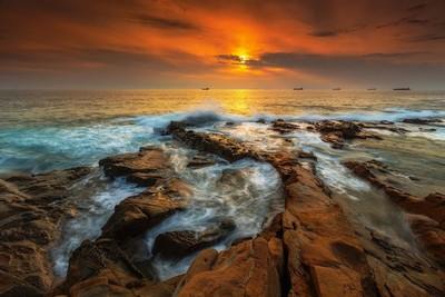 Direction sunset...