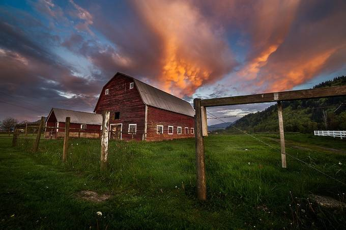 Morning Barn by bunlee - Farms And Barns Photo Contest