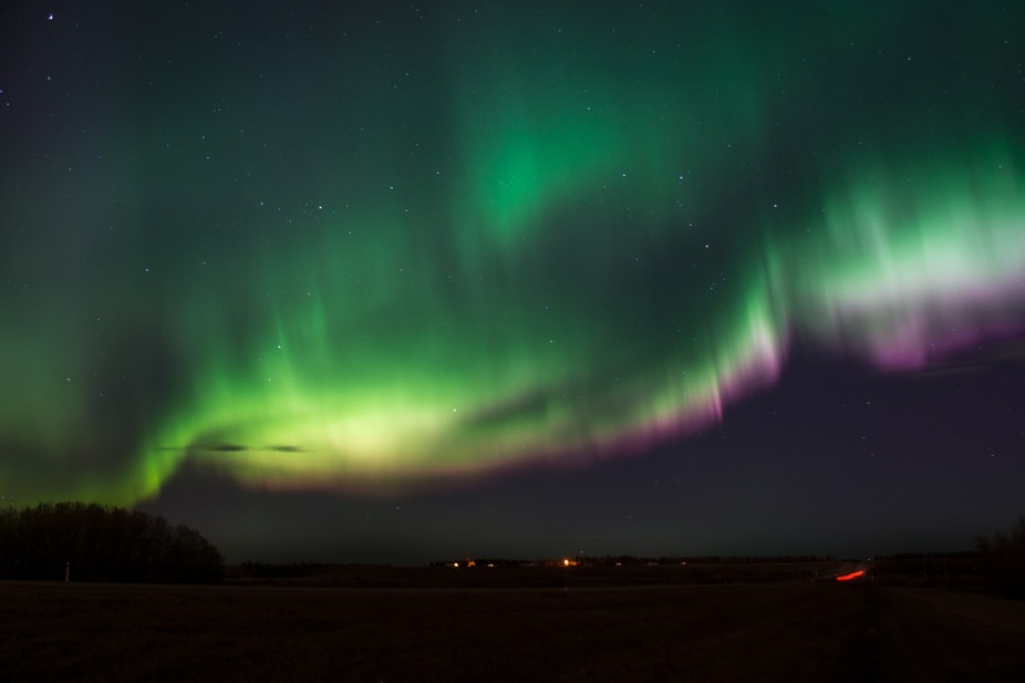 Beautiful aurora display just 30 km north of Edmonton