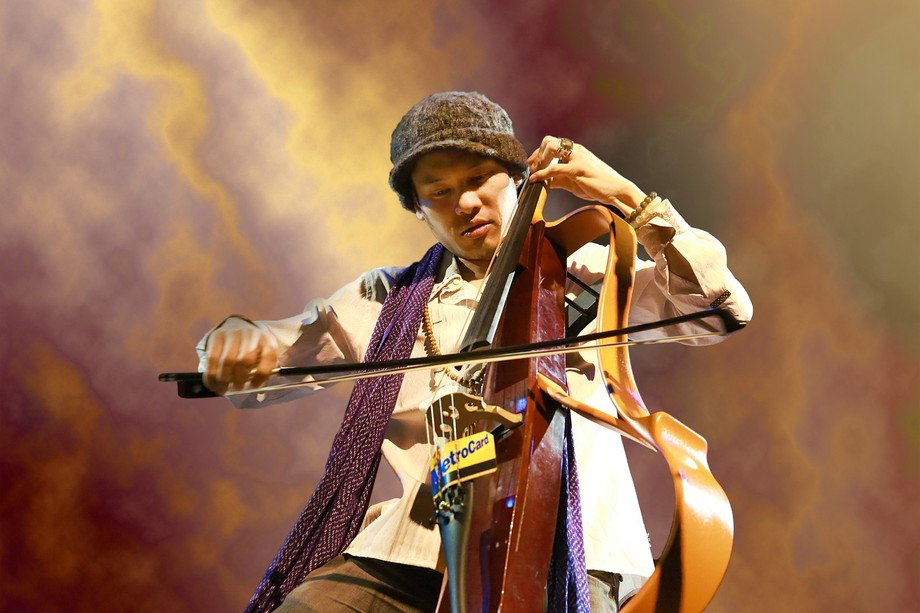 Phenom Talent DANA LEONG / JAZZ Cellist - Trombonist Live at The Nathan Manilow Theatre 2015