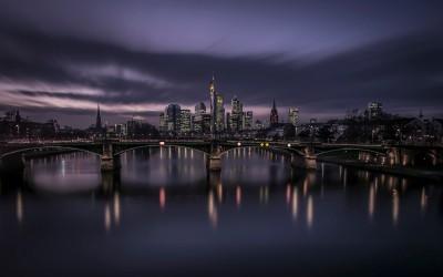 Frankfurter Skyline -  471s