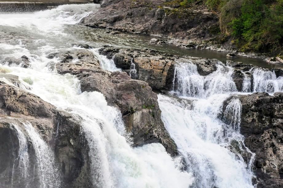 Seattle waterfall4