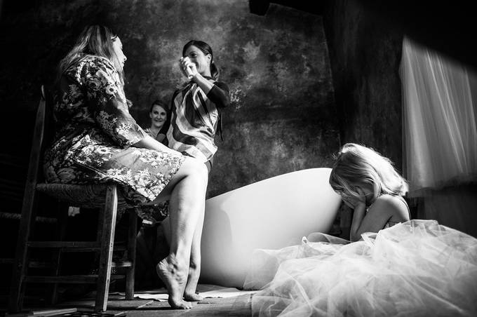 Wedding photographer in Lake Como and Lake District, Italy. by alessandroavenali - Candid Wedding Moments Photo Contest