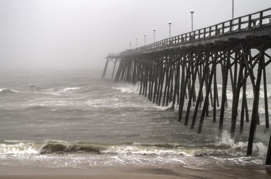 Kure beach pier during storm imgp2620 2 for Kure beach fishing report