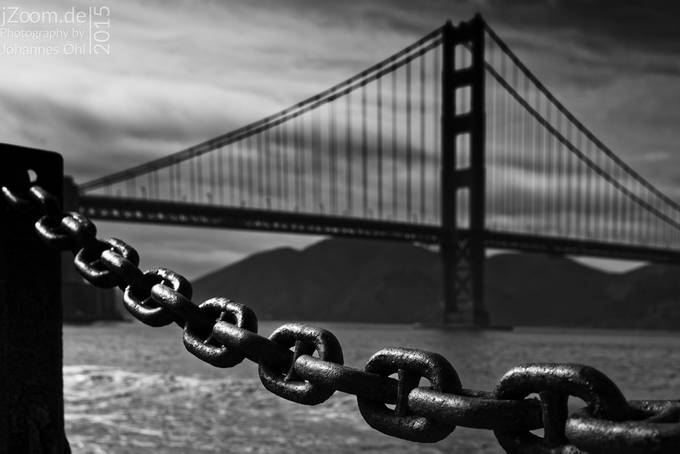 The Chain by johannesoehl - Clever Angles Photo Contest