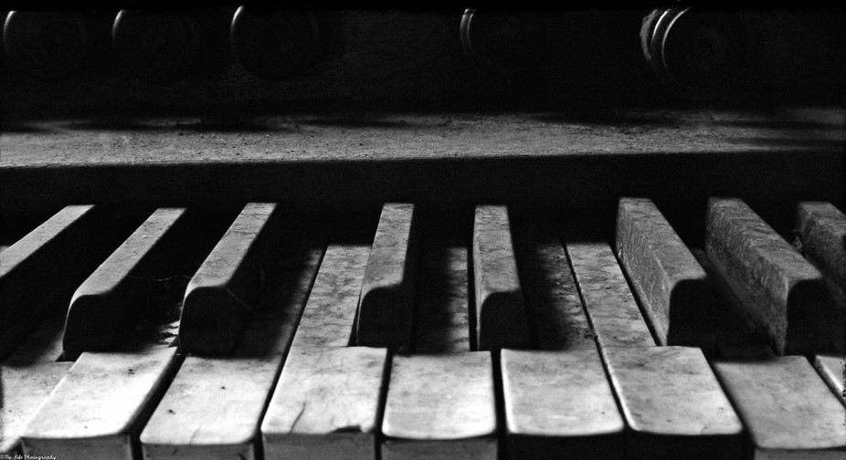 """This is the HDR version of my """"Piano"""" picture. This piano is 108 years old and ..."""