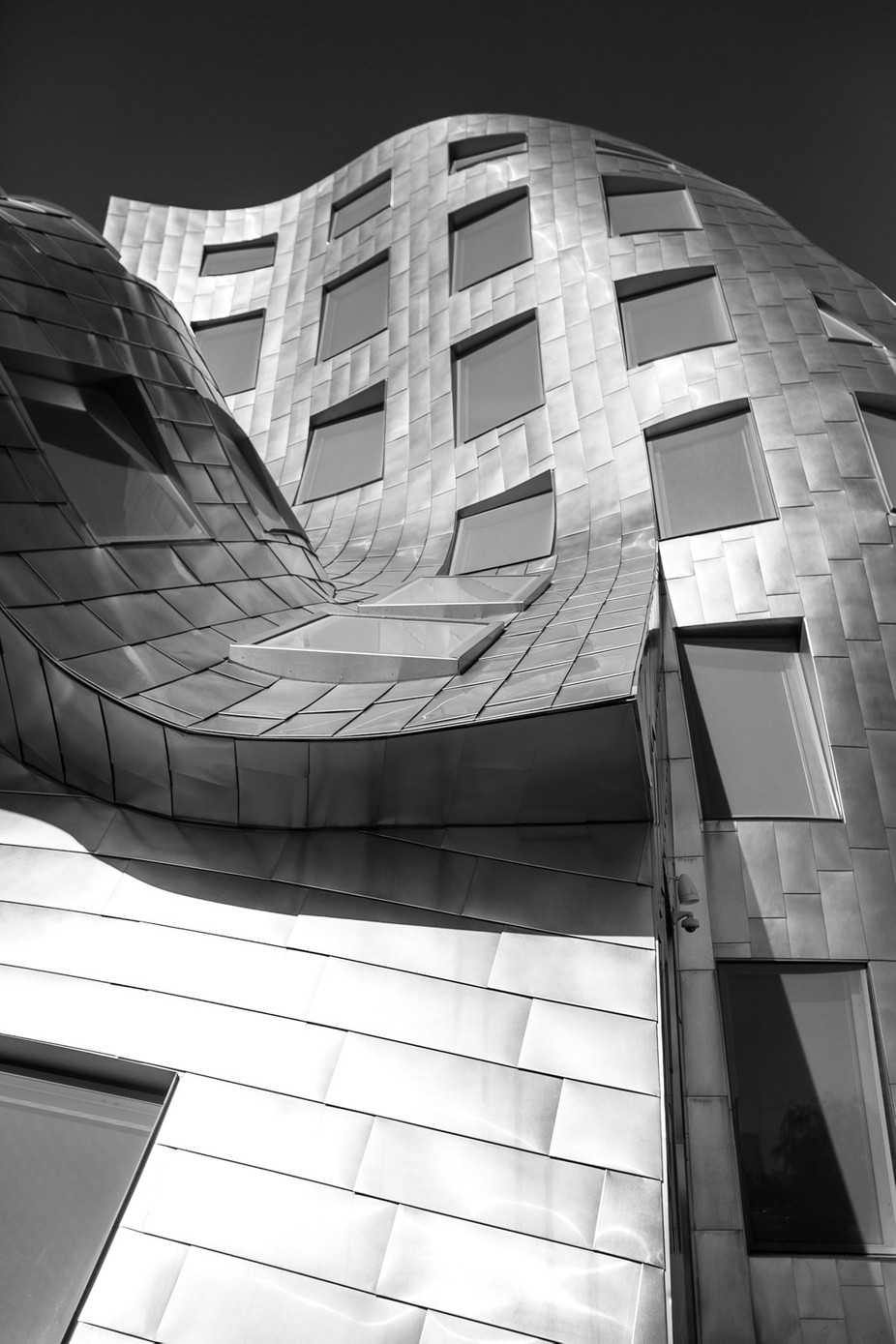 curvededges by LandonWisePhoto - Black And White Architecture Photo Contest