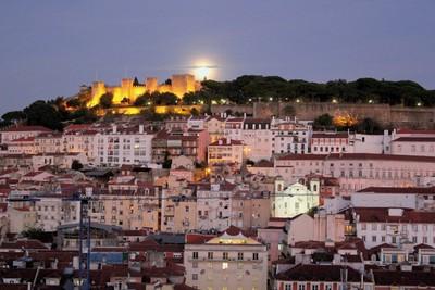 Lisbon under Full-Moon