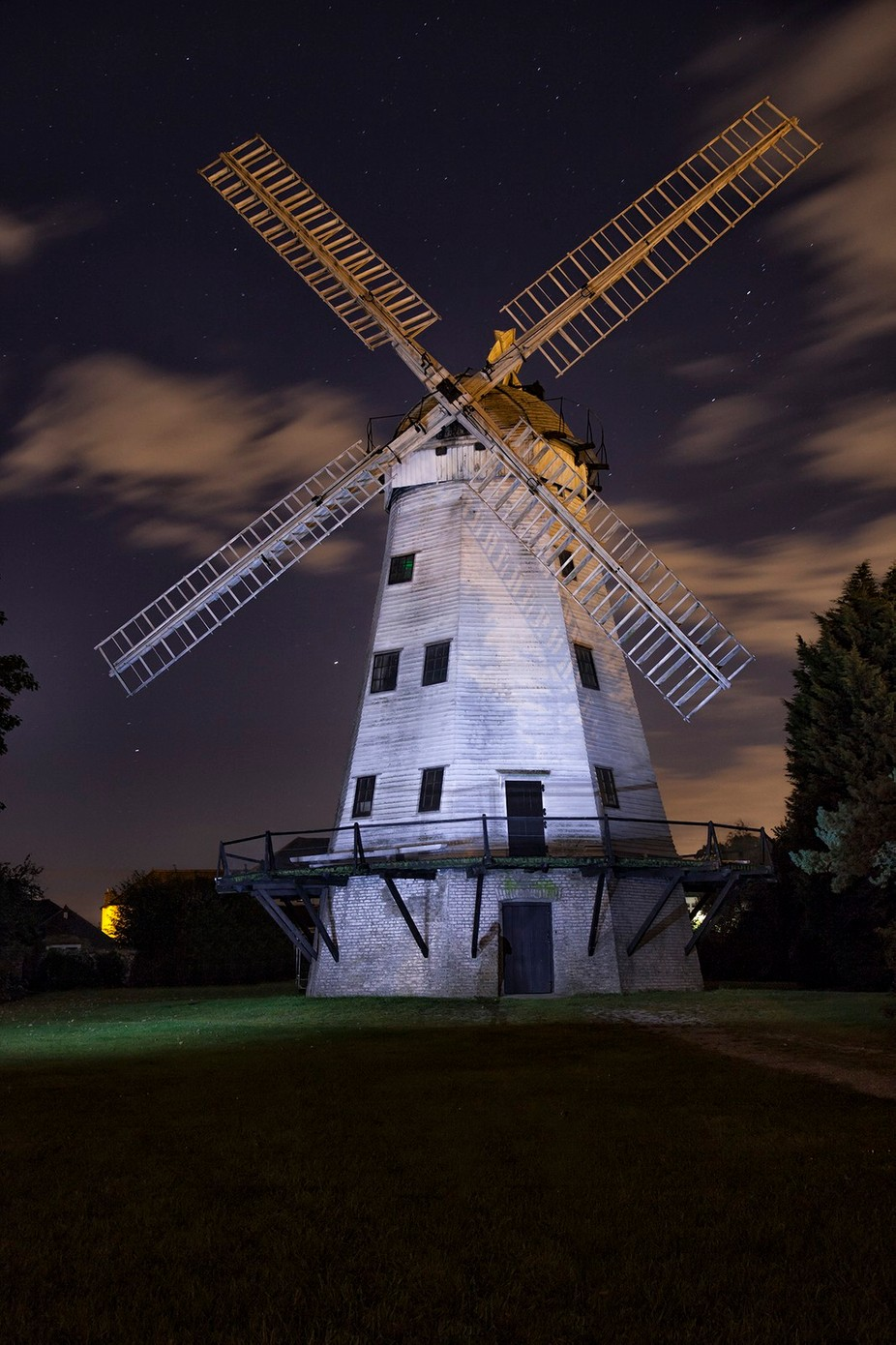 upminster windmill by bazzaboy09 - 200 Windmills Photo Contest