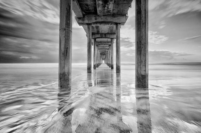 DSC_3344bwsm by quynhle - The View Under The Pier Photo Contest