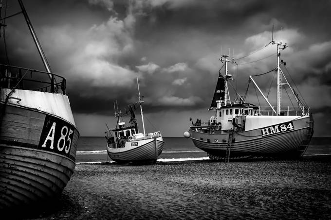 Waiting to Sail (b/w) by inge_vautrin - Large Photo Contest