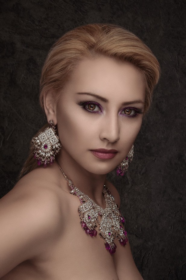 Beauty shot by Umar_Photographer_MUA - Elegant Photo Contest